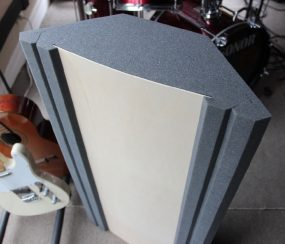Corner Bass Trap LF70 Timber Insert